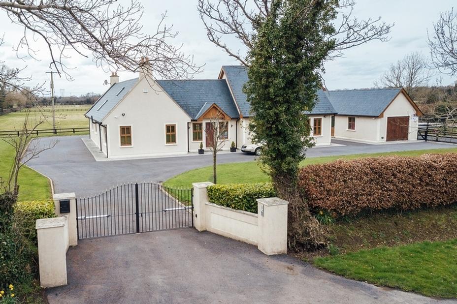 'The Paddocks', Castlekealy, Caragh, Naas, Co. Kildare