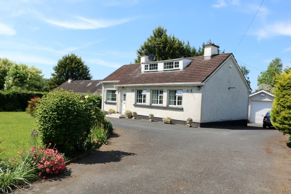 Blackwood, Robertstown, Co. Kildare W91C93X