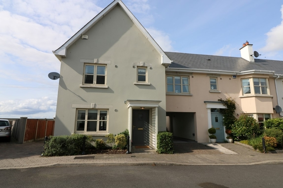37 The Meadows, Cornelscourt, Newbridge, Co. Kildare