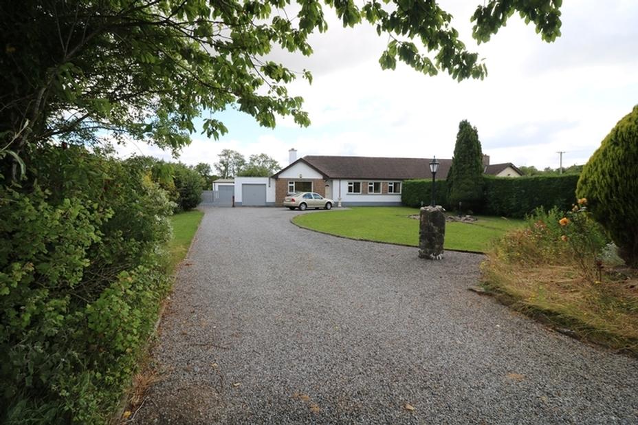 Lumville, The Curragh, Co. Kildare R56 NR22
