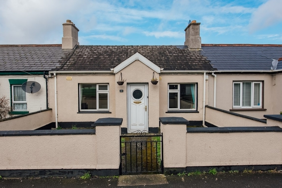 10 Artisan Cottages, Newbridge Road, Naas, Co. Kildare
